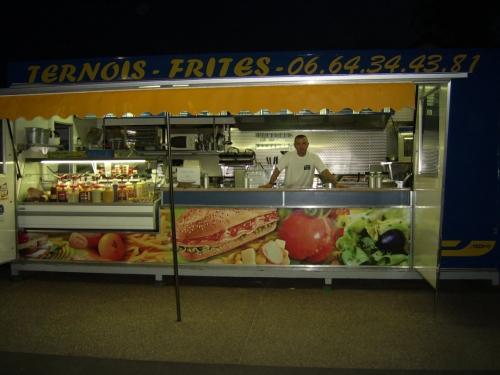 vitrine ternois frites.JPG